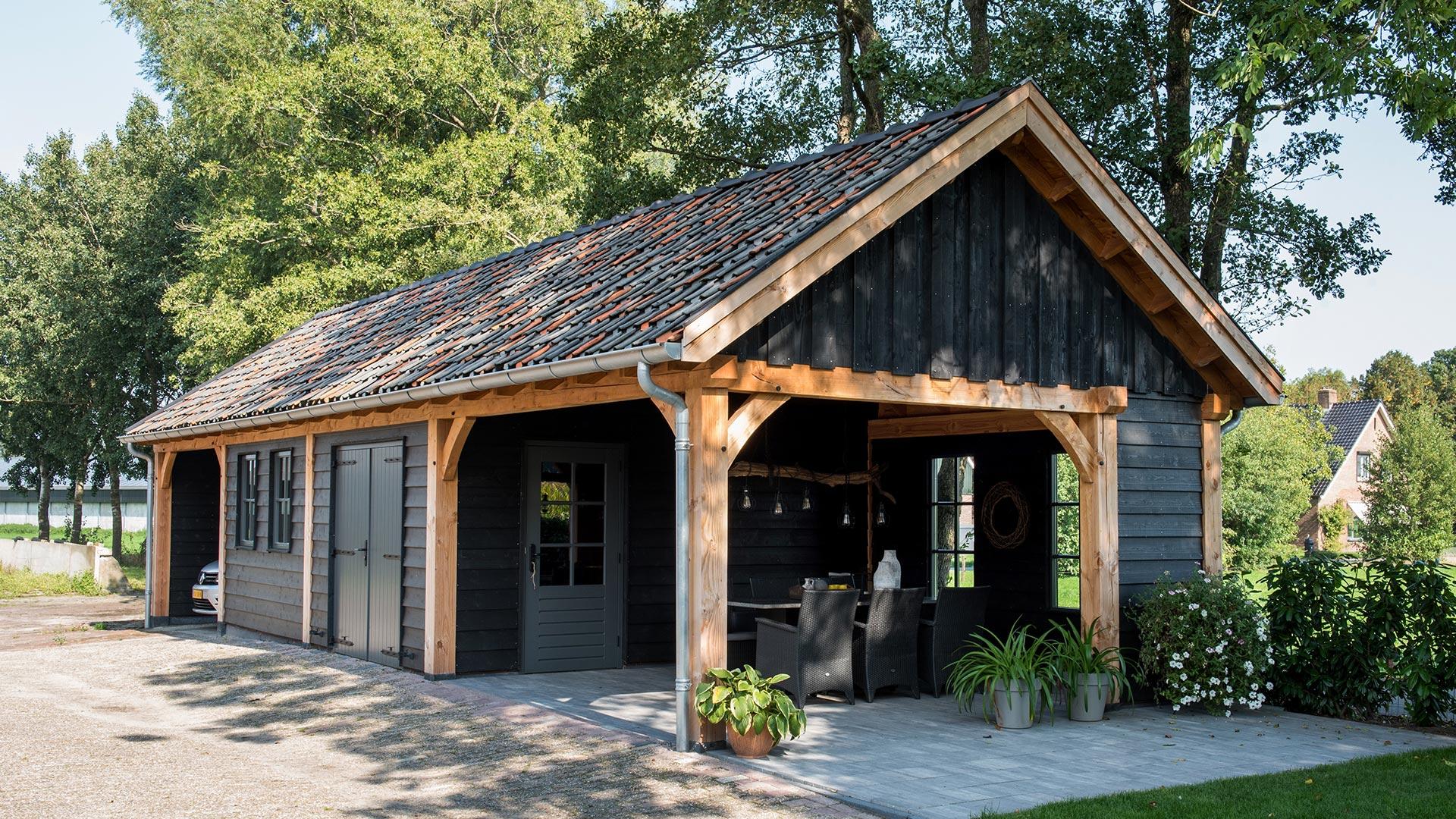 Verschillende mogelijkheden houten garage groot